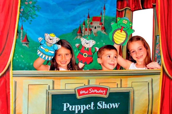 Celebra el día del niño entre marionetas Show de títeres para festejar el día del niño