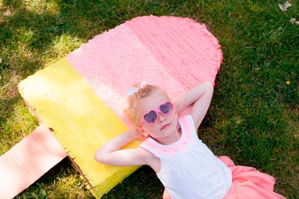 ¿cómo hacer una piñata para niña? Paso a paso para realizar una piñata con forma de paleta de helado