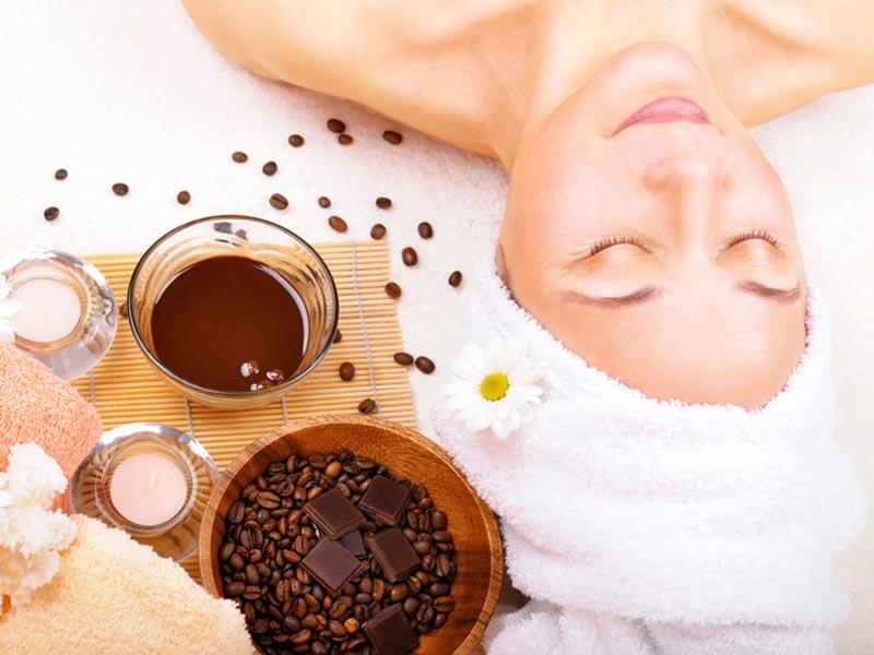 Exfoliantes faciales caseros Consiente tu piel antes del gran día