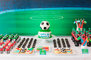 Cumpleaños deportivo para niños - Fútbol en la fiesta de tu campeón