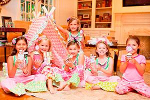 Pijamada con estilo camping para niñas - Exclusivo glamping para chicas en su cumpleaños
