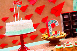 Primer cumpleaños de niño - Avioncitos de papel invaden su primer cumpleaños