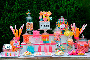Cómo lograr una atractiva mesa de dulces - Encantadora mesa de dulces infantil