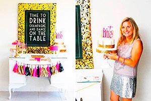 Cumpleaños para chicas con tonos brillantes - Apuesta por el glam moderno glitter, dorado y rosa fuerte