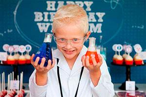 Cumpleaños científico - Divertido cumpleaños entre experimentos y sonrisas