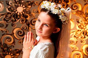Elegante primera comunión para niña - Decoración shabby chic para tu primera comunión