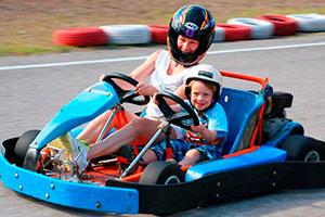 Go karts en familia - Un día del niño ¡a toda velocidad!