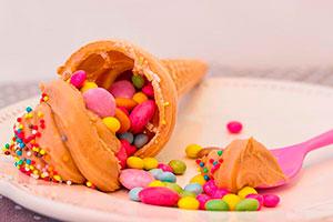 Creativa mesa de dulces para niños - Increíbles postres para una fiesta infantil
