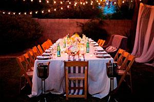 Ideas para organizar una cena en el jardín - Organiza una velada de aniversario al aire libre