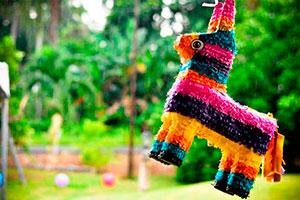 Estilos de piñatas para niños - Divertidas alternativas para piñatas de niños