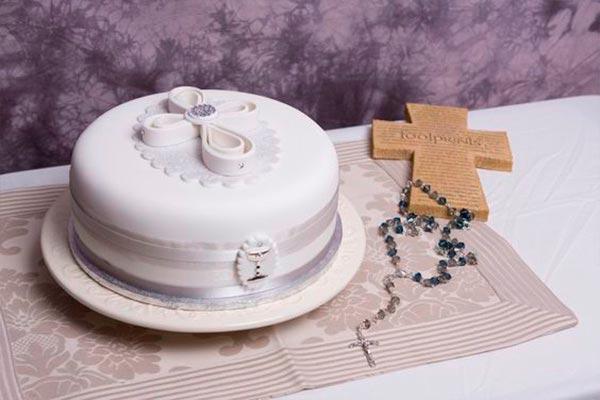 Tipos de pasteles para bautizo Glorosios pasteles para una fiesta bautismal